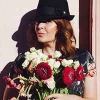 Jen Leonard Portrait